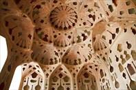 Резные потолки дворца шаха