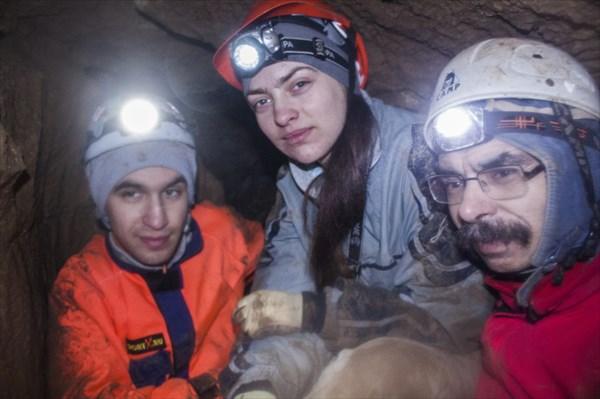 Пещера неширокая