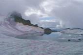 Озеро во льду