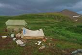 Здесь жили наши друзья-геологи