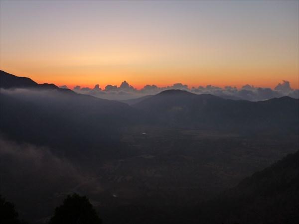 Закат над плато Омалос