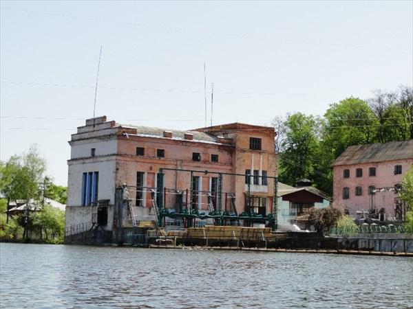 Электростанция в Сутисках