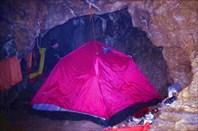 лагерь за С2-пещера Система им. В.В. Илюхина