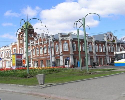 """Здание бывшей """"Гродской ратуши""""."""