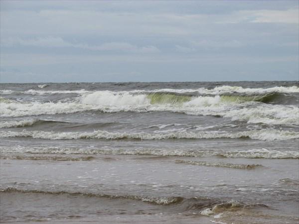 на фото: Волны!