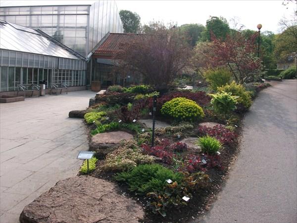 Одна из экспозиций сада