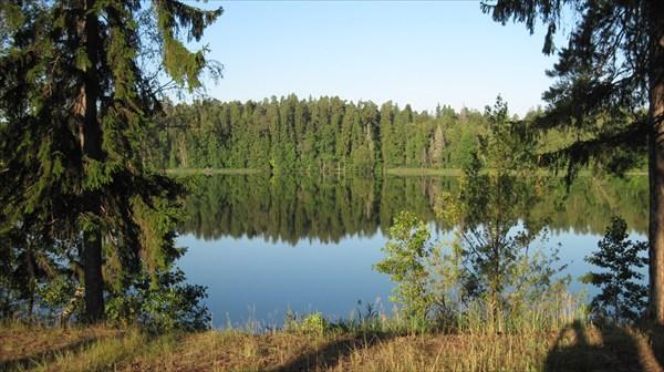 на фото: Озеро Юхор