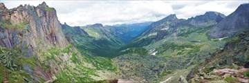 Вид с перевала Художников в сторону долины Левого Тайгиша