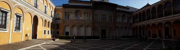 Двор Monteria