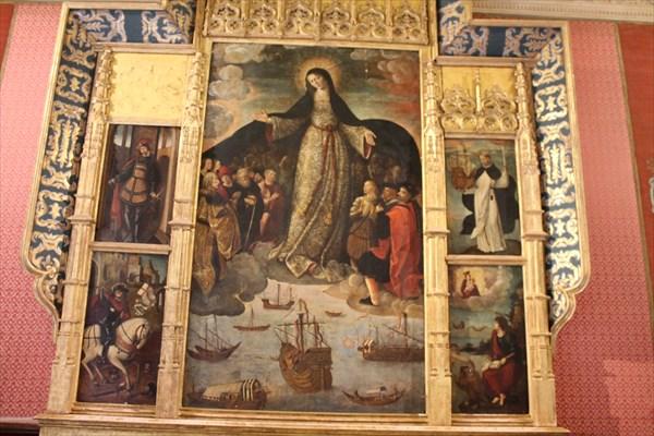 Ретабль с изображением Колумба в золотом одеянии и Карла V в. кр