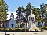 Церковь Влашка и памятник Душа Ловчена.