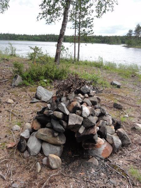 Печка из мелких камушков, строительный шедевр