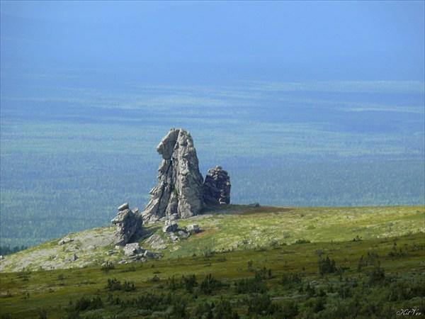 Останец на краю плато
