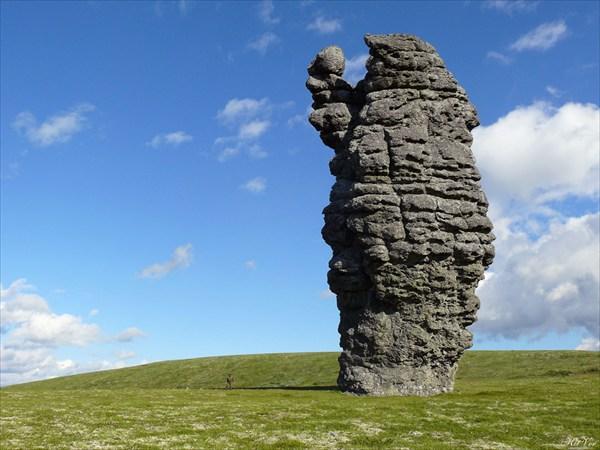 Самый величественный каменный останец – «Шаман»