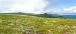 Широкая седловина высоты 860,2
