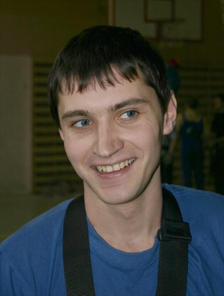Роман Железов