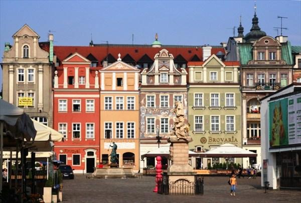 на фото: Рыночная площадь в Познани