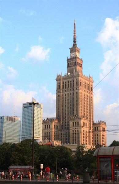 Сталинский подарок Варшаве