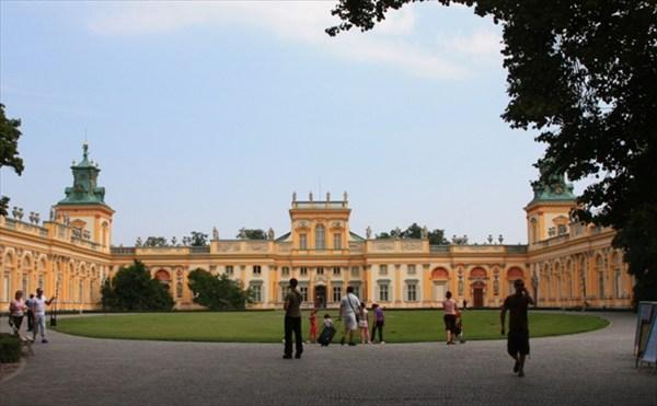 Дворец Вилянув. Варшава