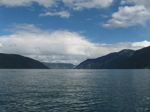 Sognefjord в сторону Laerdal