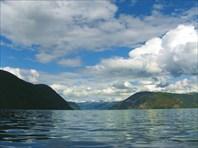 Выход в Sognefjord из Aurlandsfjord