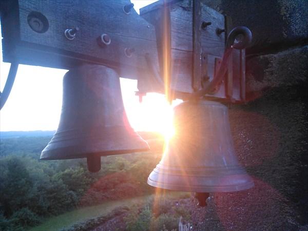 Колокола на башне