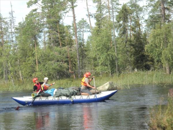 Вход в реку из озера