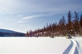 Зимник по озеру
