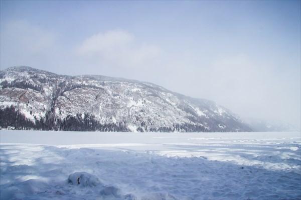 Озеро Нойон-Холь