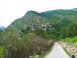 Деревенька Камру в долине р. Баспа
