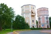 """Водонапорные башни """"Кася"""" и """"Бася"""""""