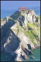 Gaztelugatxe6-остров Гастелугаче