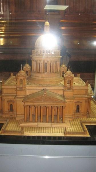 Модель Исаакиевского собора