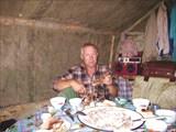 Поедание бешбармака.