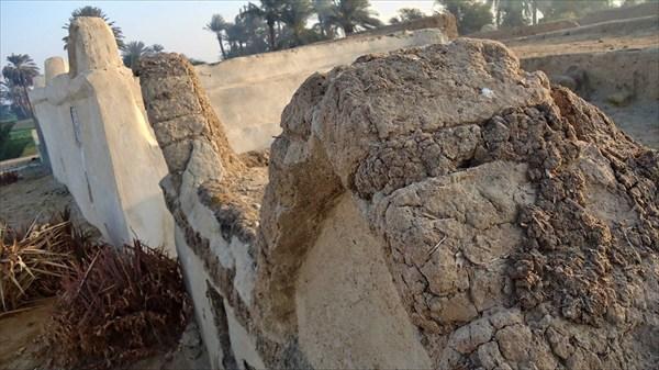 Строения из глины