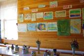 Выставка рисунков в столовой