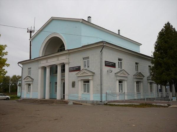 """Железнодорожный вокзал """"Старая Русса"""""""