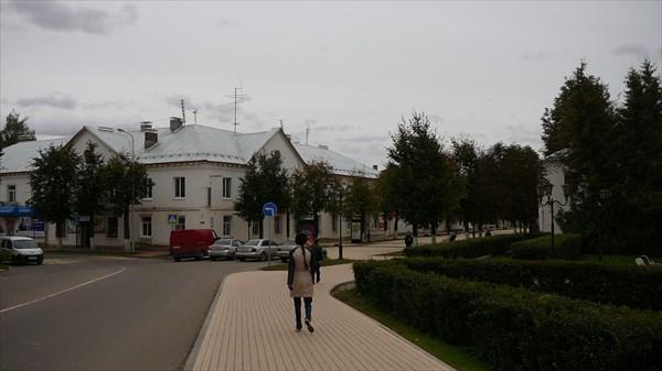 На улице Старой Руссы