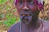Девушка племени Мурси