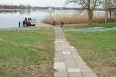 Берега озера