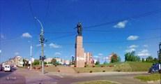 Какой-то памятник около ТК Серебряный город. Иваново. 24-08-11