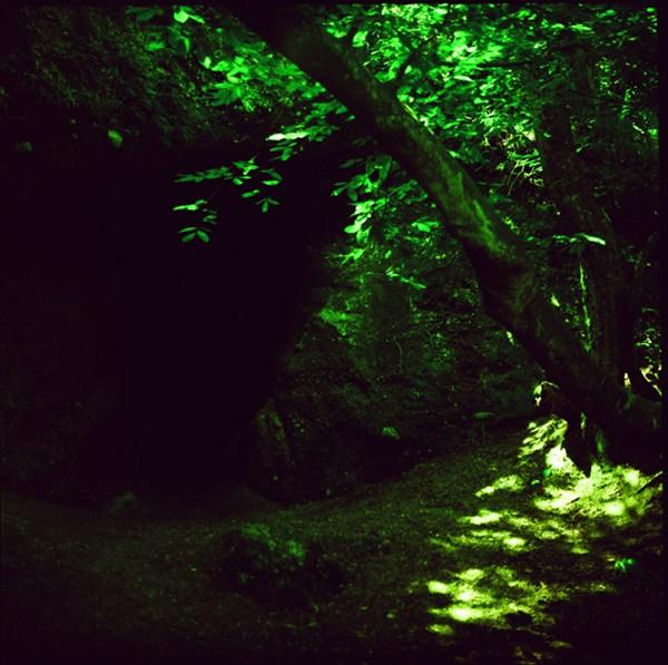 Темный проход