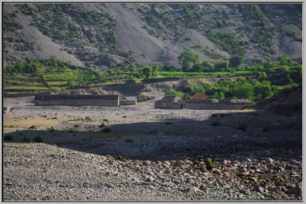 Окраины горного поселка