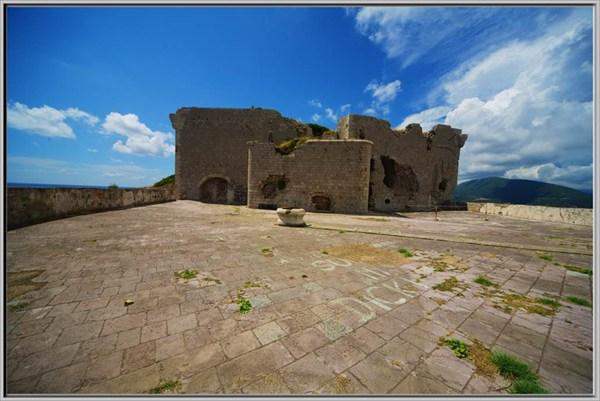 Главная достопримечательность Превлаки форт Остро