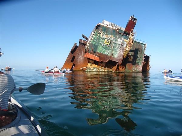 Остатки судна