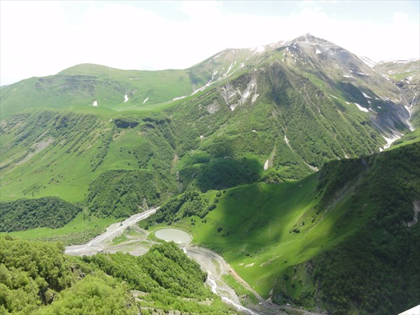 на фото: Военно-грузинская дорога