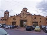 Ворота храмового комплекса Цминда Самеба