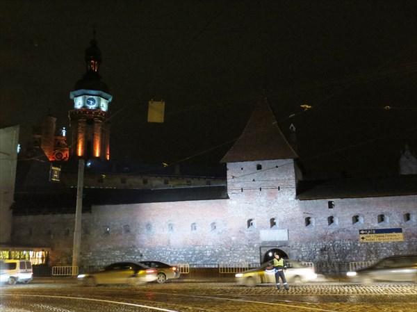 Оборонные стены Бернардинского монастыря (Львов)