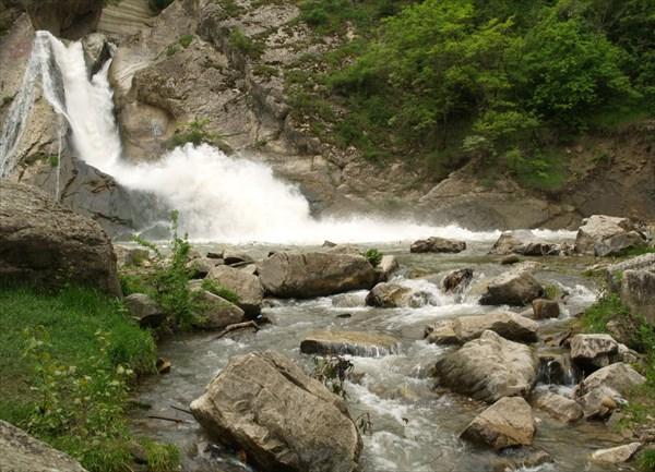Хучнинский (Ханагский) водопад близ Дербента - 2