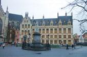 Памятник Маргарите Австрийской